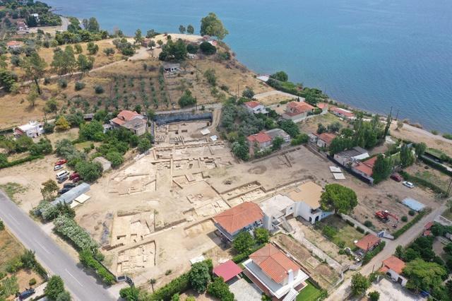 Как швейцарский археолог шел по следам богини Артемиды