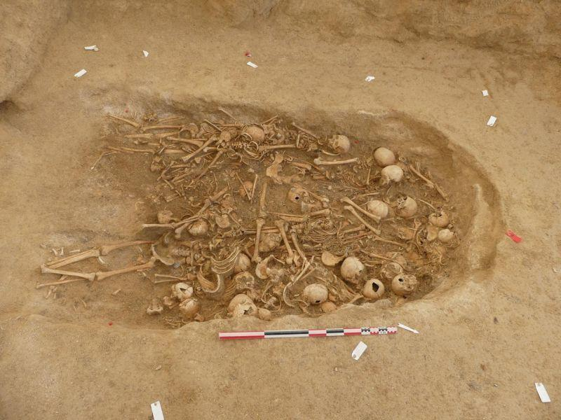 Во Франции раскопали 5000-летний гипогей